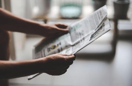 De krant op tafel (Gesprekskring over de actualiteit)